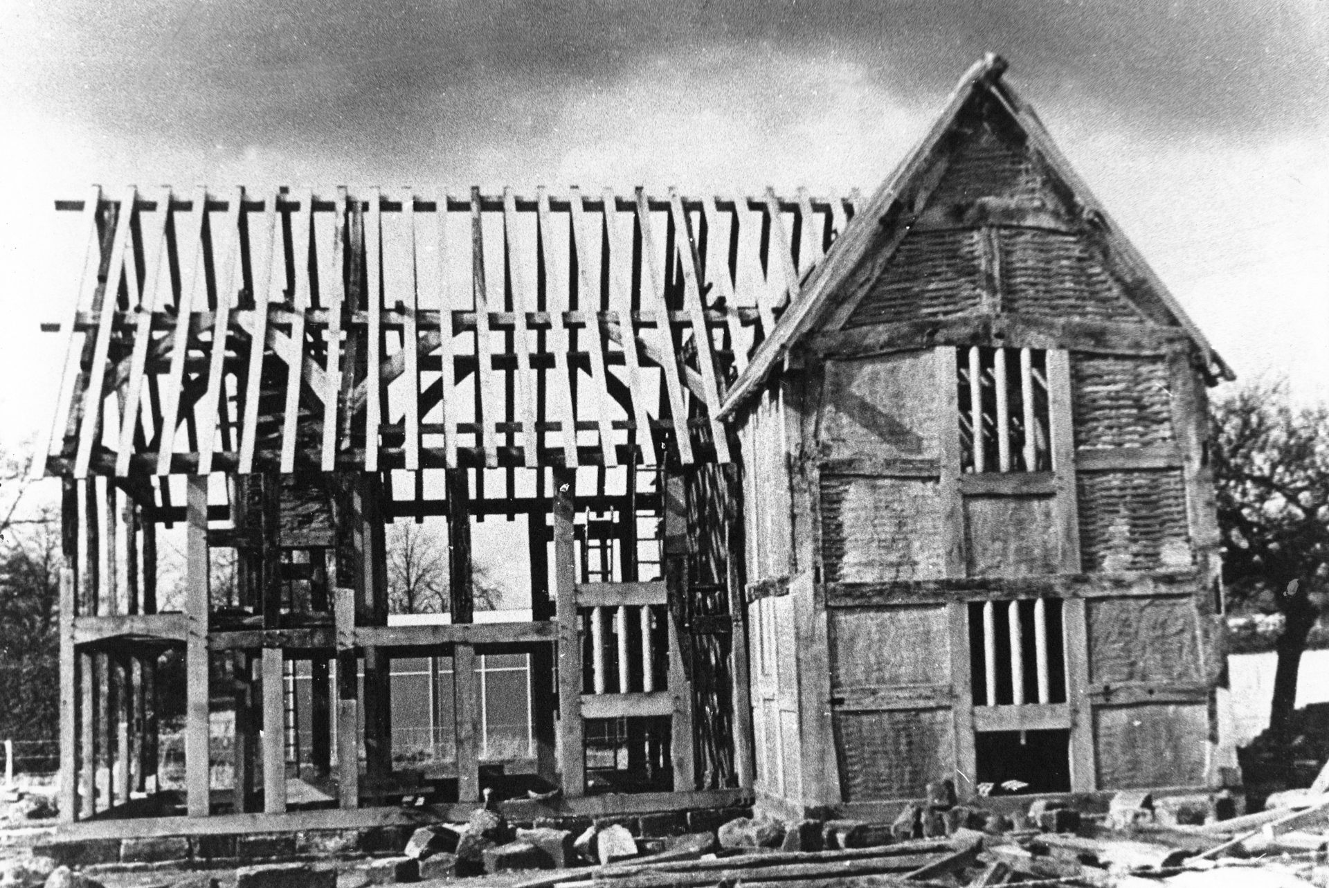 Black and white photograph of Avoncroft's first building rescue in the mid-1960s